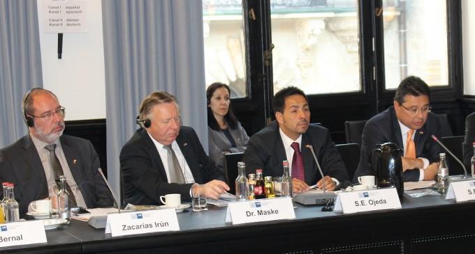 Paraguays Wirtschaftsminister wirbt mit stabilem Umfeld für Investitionen