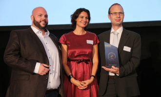 "Kraus & Naimer: Gewinner des REXEL-Lieferanten Award ""Beste Supply Chain Performance"""