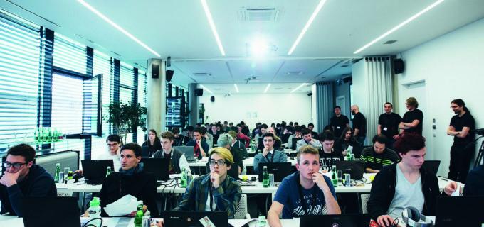 KNAPP Coding Contest 2017 – Programmierwettbewerb für Schüler und Studenten