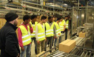 Jugendliche verschaffen sich Eindruck über Logistik