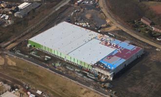 Habacker Holding und Chal-Tec feiern Richtfest für Logistikzentrum in Kamp-Lintfort