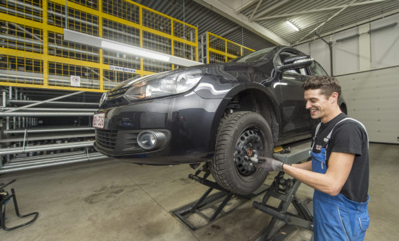 Belgisches Autohaus Delorge setzt auf automatisiertes Reifenhandling