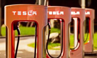 Tesla: Elon Musk will E-Lkw im September vorstellen