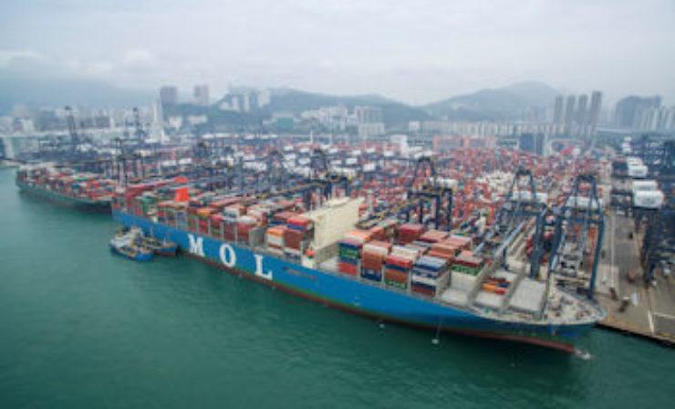 Erstes 20.000-TEU-Containerschiff kommt nach Hamburg