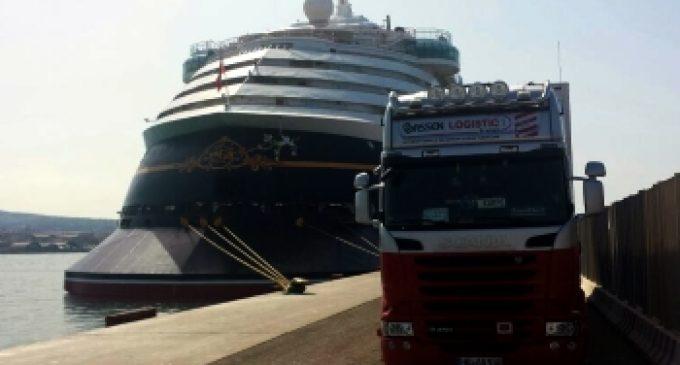 Veni, vidi – abgeladen! Bassen Logistic realisiert Spontaneinsatz für Kreuzfahrtschiff