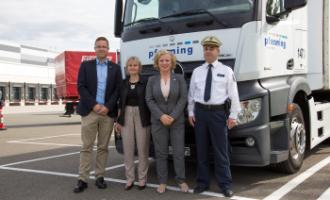 Lidl und pfenning logistics:  Eröffnung eines Spiegeleinstellplatzes für Lkw in Gera