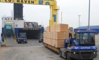 Fünfmillionste Tonne von Cuxhaven nach Immingham transportiert