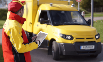 DHL: Zustellung ab 2018 mit autonomen Elektro-Transportern
