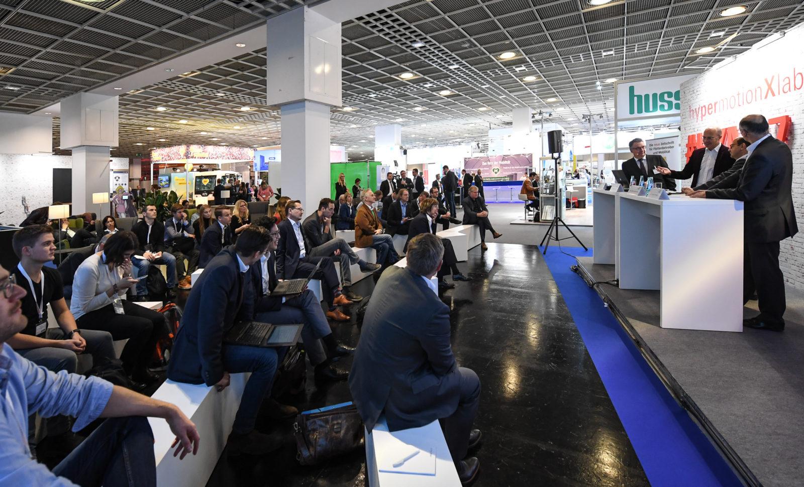 Hypermotion – neuer Veranstaltungsmix aus Ausstellung, Tech-Talks und Konferenzen in Frankfurt erhält großen Zuspruch