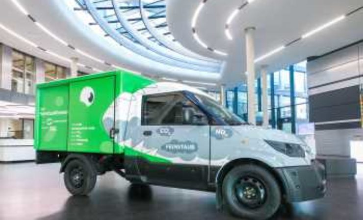 DHL, StreetScooter und MANN+HUMMEL: weltweit erstes emissionsneutrales Fahrzeug