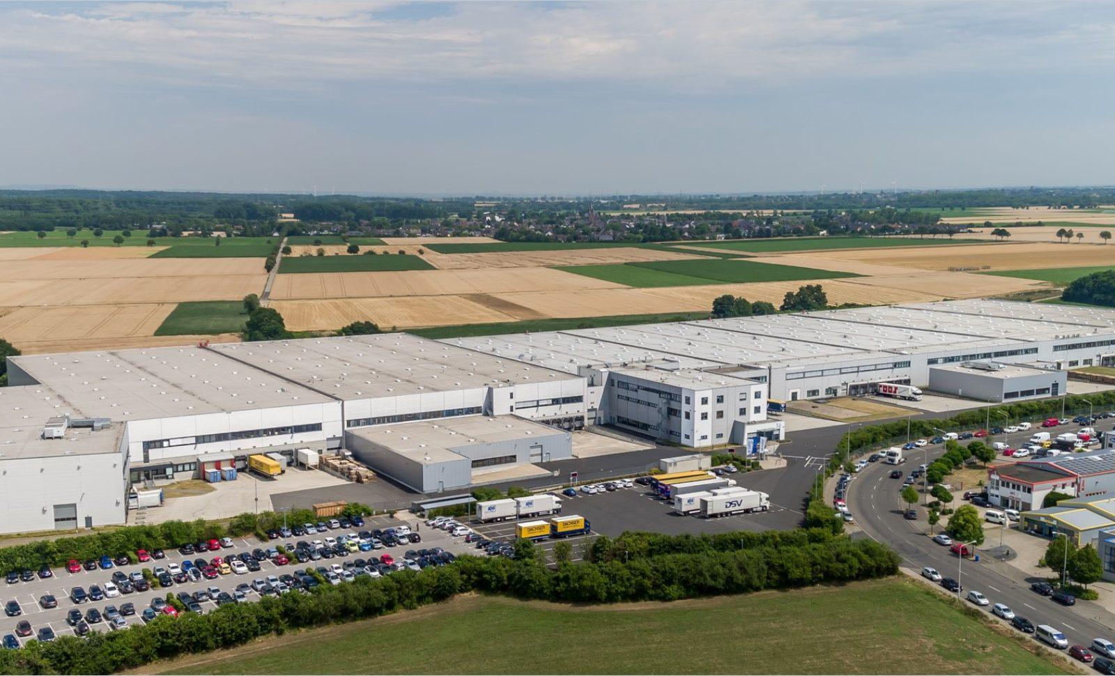 Arvato-Standort in Düren wird zum wichtigen Dreh- und Angelpunkt für die Distribution von Beauty-Produkten