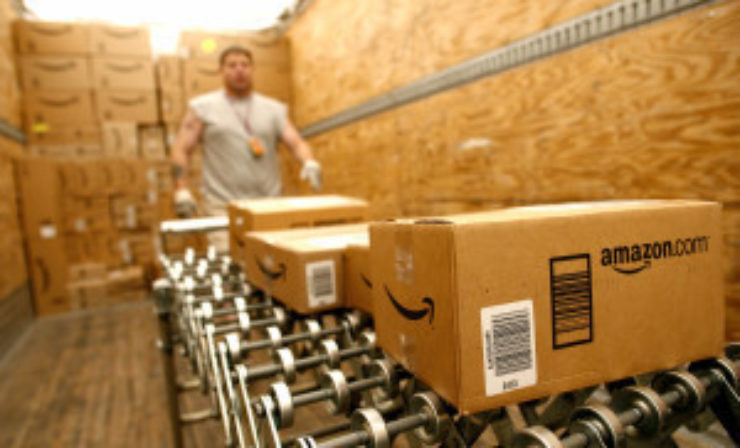 Amazon to open Rugby fulfilment centre