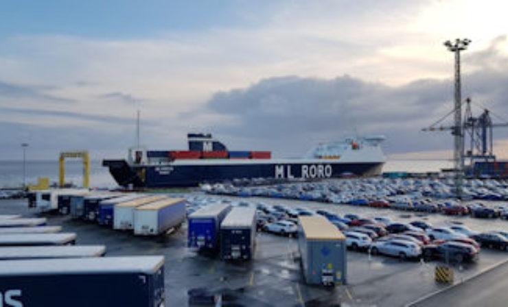 ML Frejya nimmt Liniendienst ab Cuxhaven auf