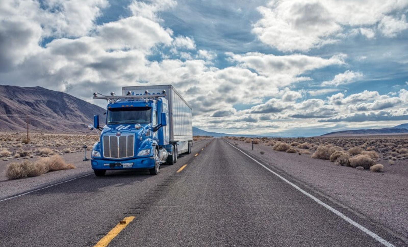 Premiere: Autonomer Sattelzug von Embark durchquert erstmals die USA