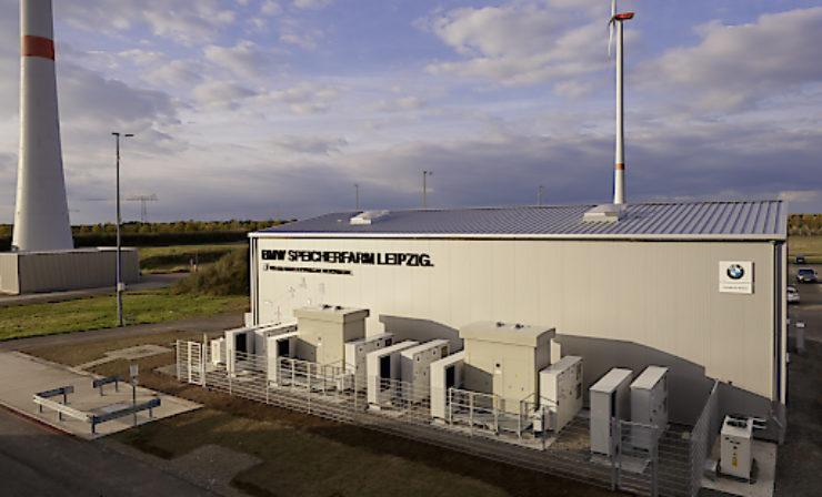 Auf dem Weg zur energiewirtschaftlichen Optimierung eines Automobilproduktionsstandortes – Wie die e2m mit der Speicherfarm der BMW Group am Standort Leipzig Flexibilitätspotenziale hebt