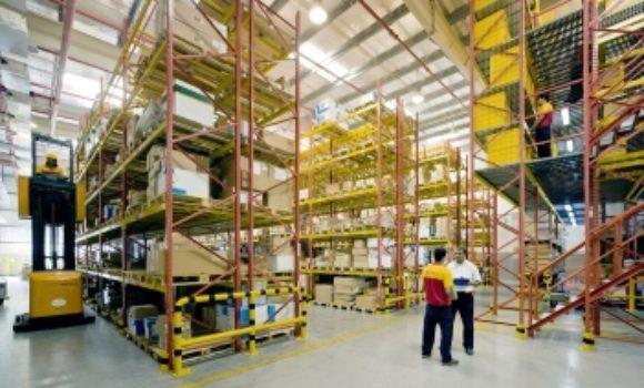 DHL baut Distributionszentrum für Eaton