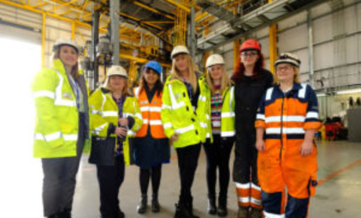 Shipping minister celebrates International Women's Day at London Gateway