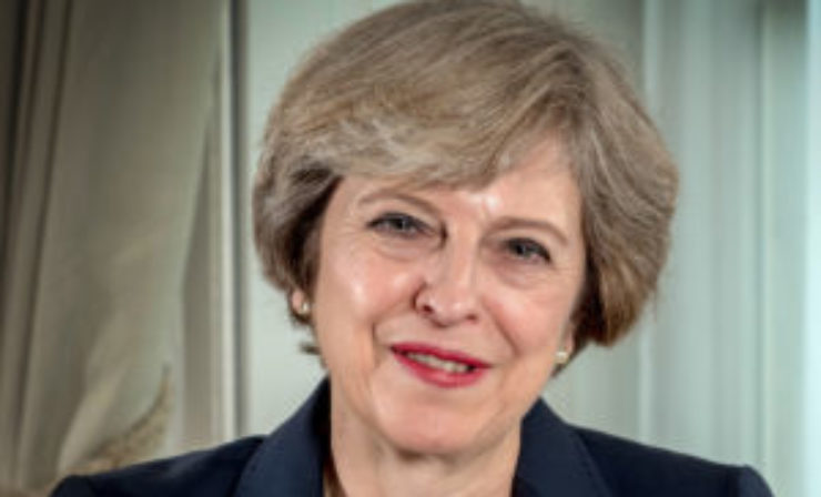 Theresa May sets out vision for 'frictionless' trade