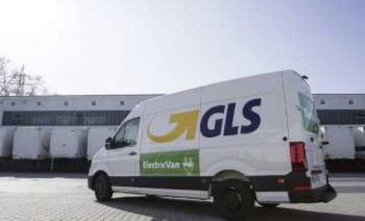 Positiver Ersteindruck: GLS testet VW eCrafter