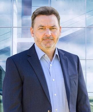 Der niederländische Systemintegrator Mieloo Alexander investiert in den deutschen Markt der AUTO-ID-System Spezialist baut die deutsche GmbH aus. Dirk Nopens wird Geschäftsführer.