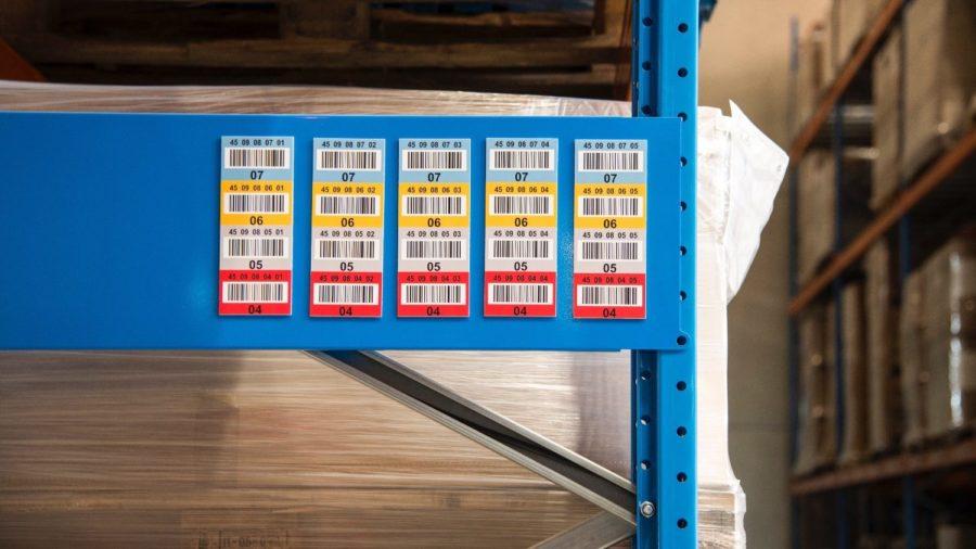 Lagerkennzeichnung in auf Industrie 4.0 basierendem Logistikzentrum