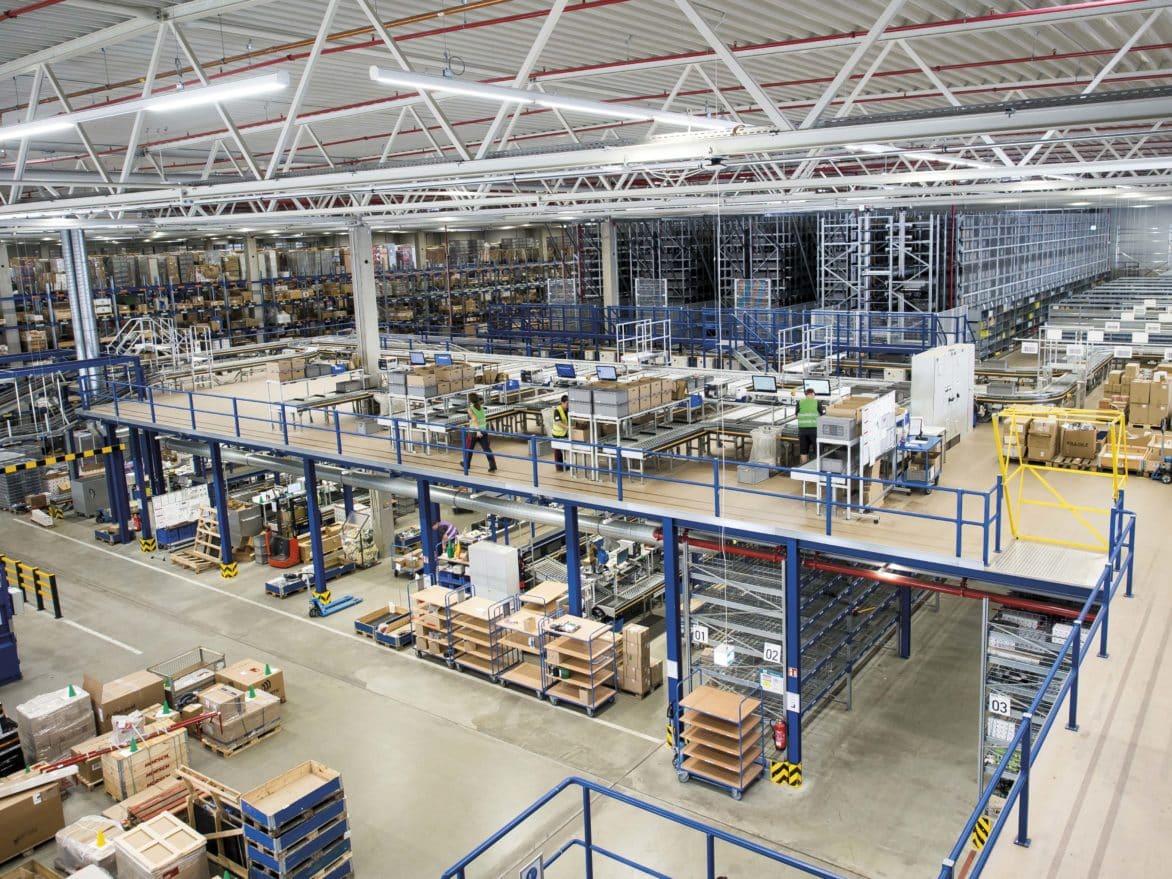 Kompakte Lösungen: Dematic stellt auf Kundentag Lageroptimierung in den Fokus