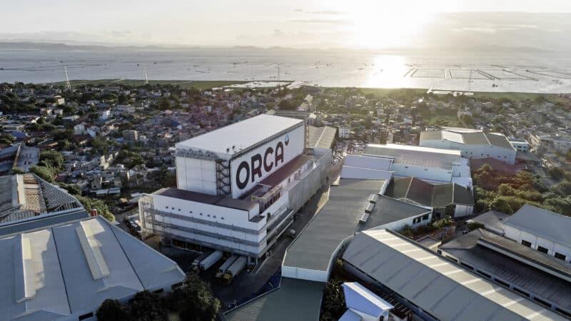 SSI SCHÄFER – Inbetriebnahme des ersten Tiefkühl-Automatiklagers von ORCA auf den Philippinen.